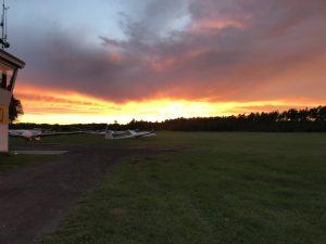 Sonnenuntergang auf der anderen Seite